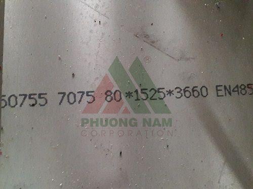 nhom-7075-lon